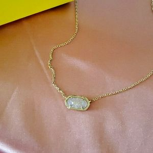 Brand New Kendra Scott Elisa Necklace